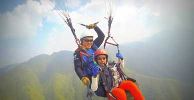 paragliding-two.jpg